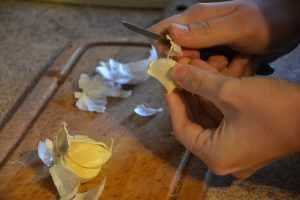 Чистка чеснока на хранение в холодильнике