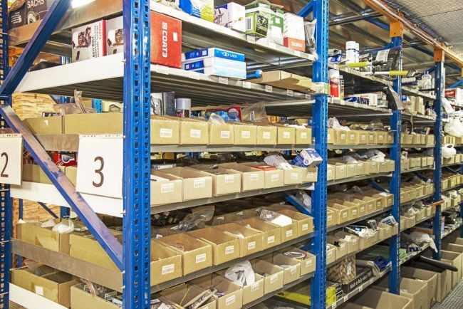 Хранение товаров на складе: правила организации продукции