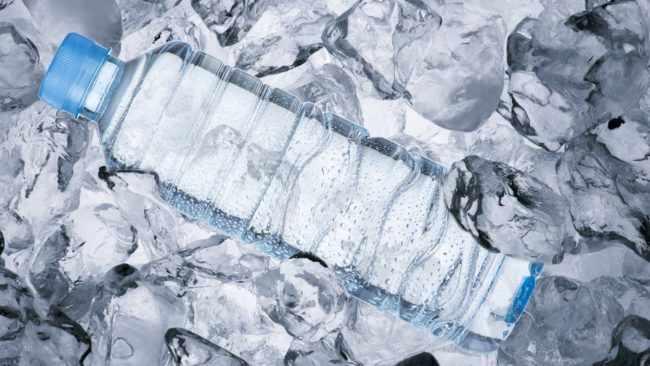 Как правильно хранить воду, чтобы она сохраняла свои полезные качества