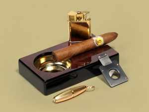 Как правильно курить сигары?