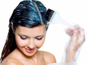 Как правильно красить волосы в домашних условиях?